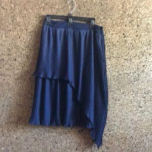Walter Baker knee length  pleated skirt